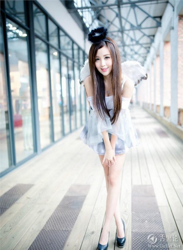 程序猿的女朋友 3K3Q819SM6Z0.jpg
